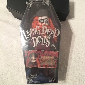 Living Dead Dolls | Captain Bonney